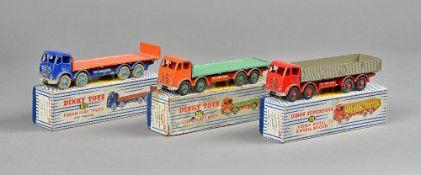Three Dinky vehicles; 901 Foden diesel eight wheel wagon,