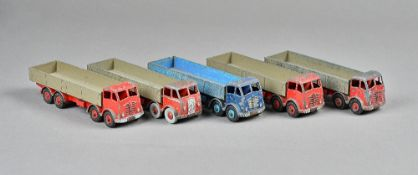 Five Dinky Foden high sided flat bed trunks, (5).