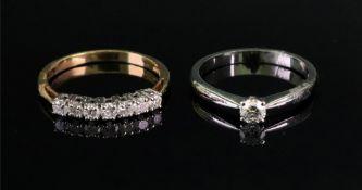 An 18ct white gold single stone diamond