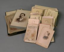 A collection of Carte de Viste, cabinet photographs and a few other items (qty).