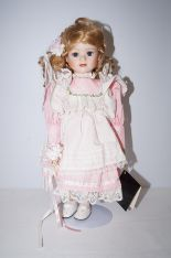 Lot 184 - Fair lady collectable doll (In original box) Heigh
