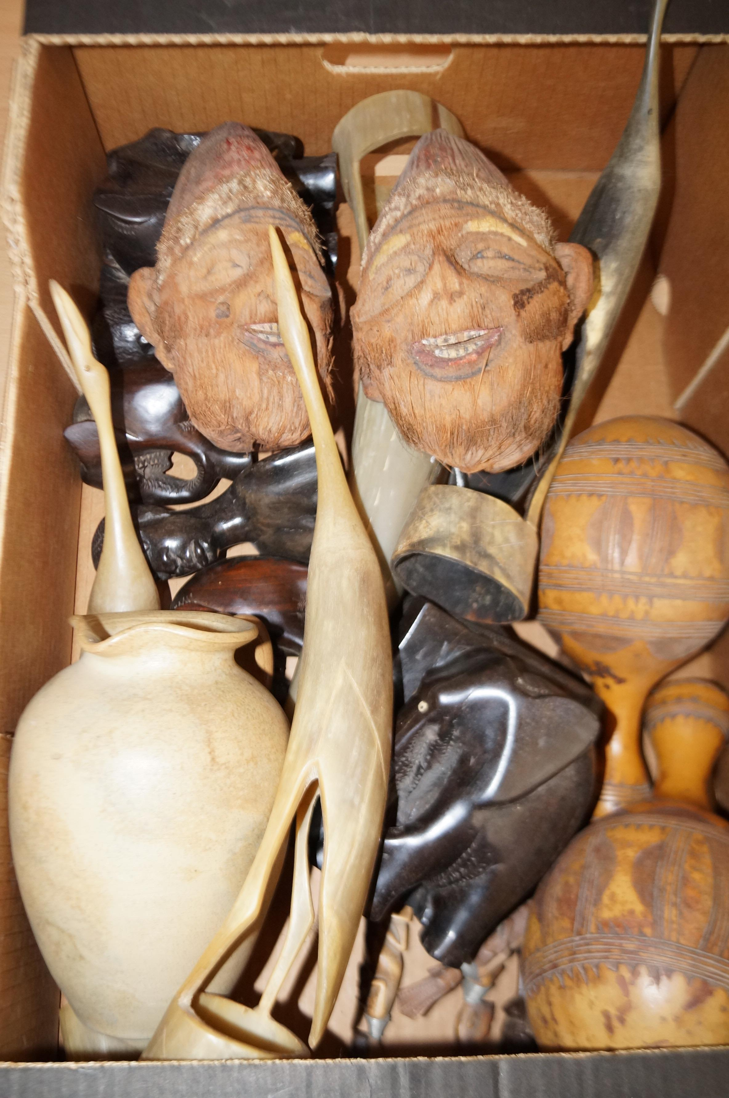 Lot 19 - Good assortment of ethnic carvings to include horn