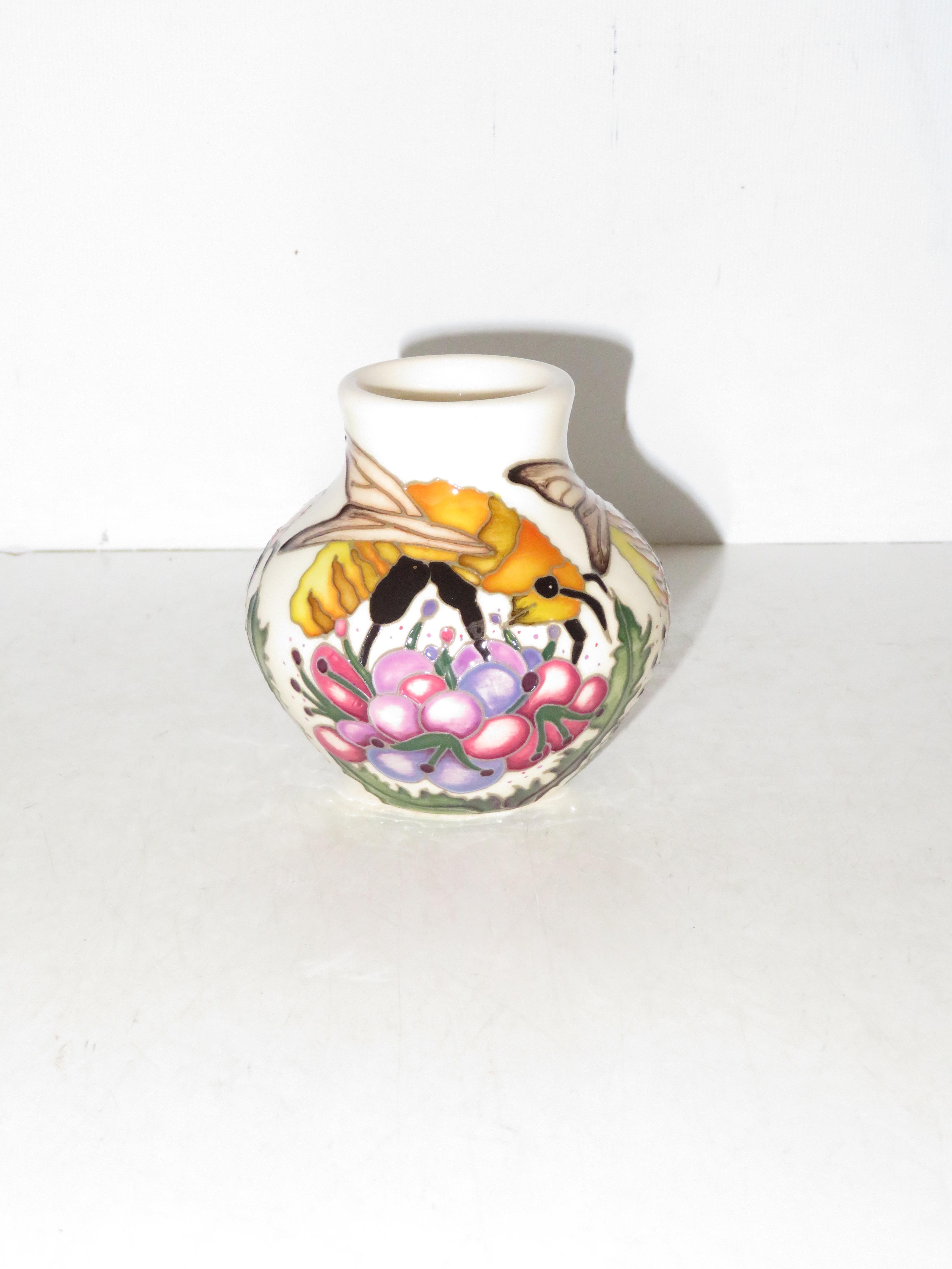 Lot 135 - Moorcroft great yellow bee vase limited edition 22