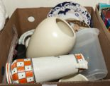 Lot 34 - A box of pottery and other items