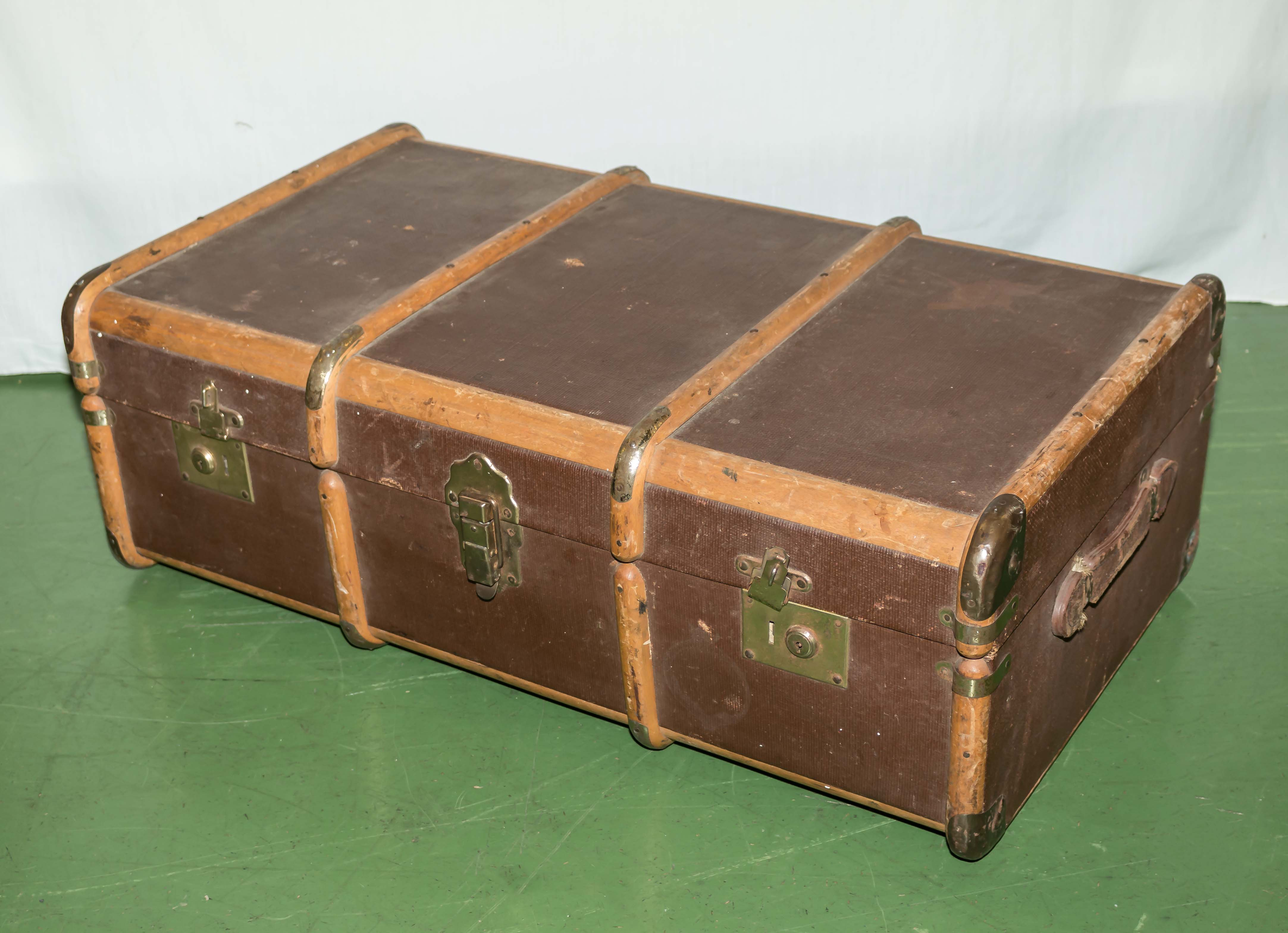 Lot 38 - A vintage travel trunk