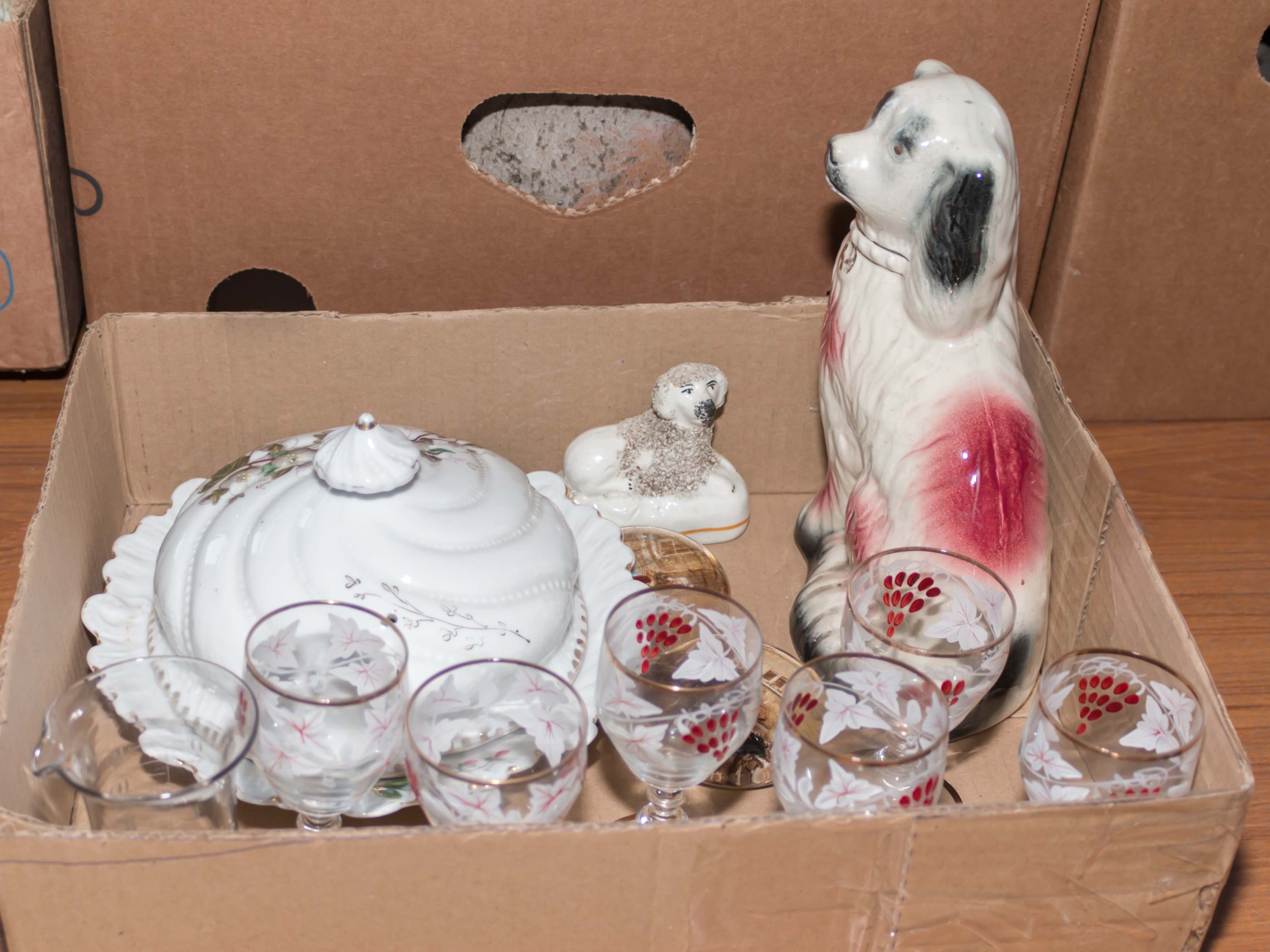 Lot 33 - A Wally dog, muffin dish, 6 glasses and other items