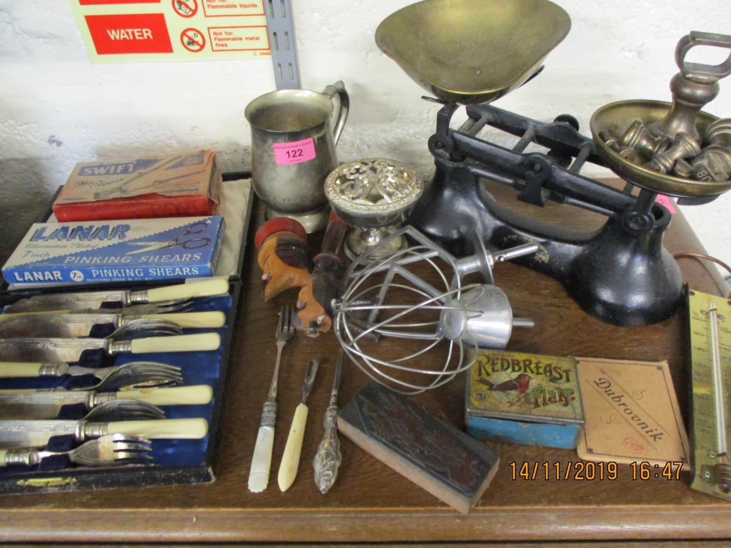 Lot 122 - Metalware to include a Victorian copper kettle, scales, Kitchenalia, a mahogany letter rack and