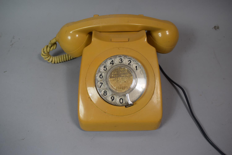 Lot 81 - A Vintage Telephone
