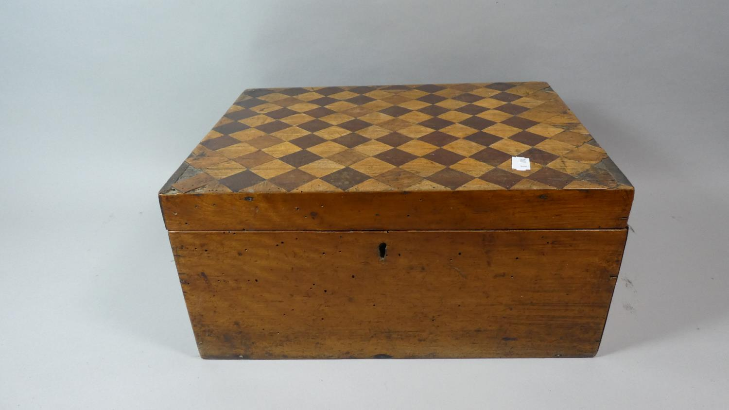 Lot 18 - A 19th Century Inlaid Walnut Work Box with Chequer Decoration to Hinged Lid, 36cm Wide