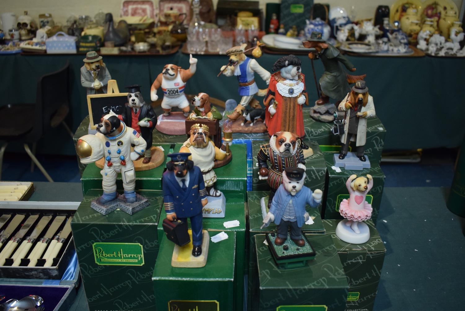 Lot 205 - A Collection of Fourteen Boxed Robert Harrop Doggie People Figures to Include Lord Mayor of