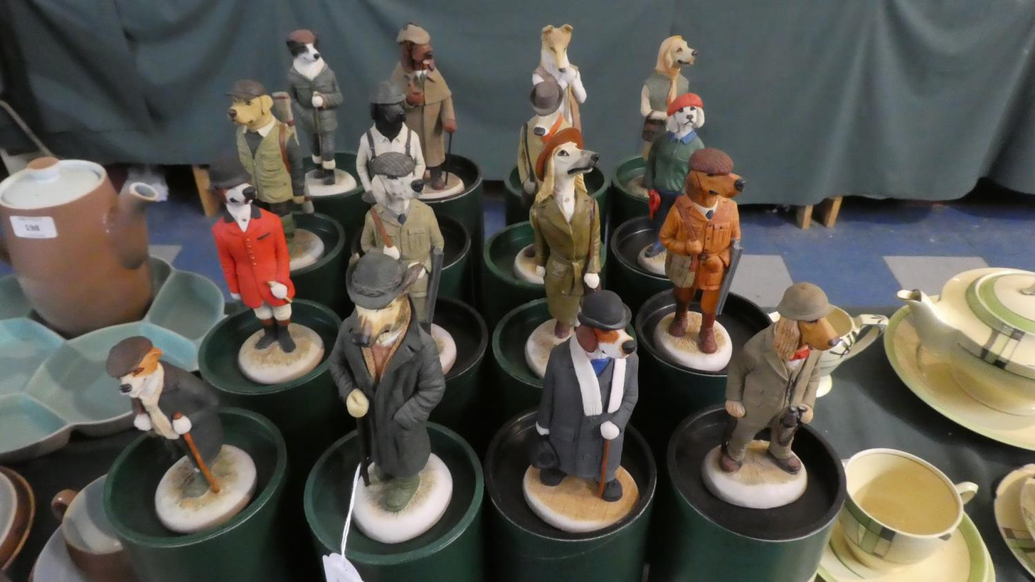 Lot 199 - A Collection of Sixteen Boxed Robert Harrop Country Companion Dog Figures