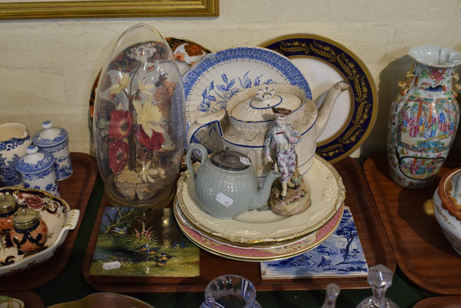 Lot 189 - A Tray of Various Ceramics to Include Two Decorated Tiles (AF), Various Decorated Plates, Small
