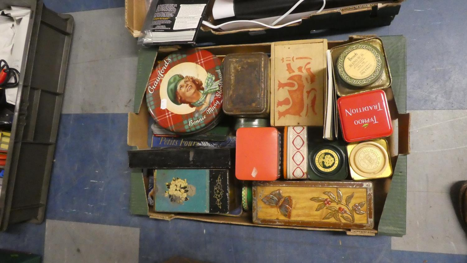 Lot 454 - A Box of Vintage Tins