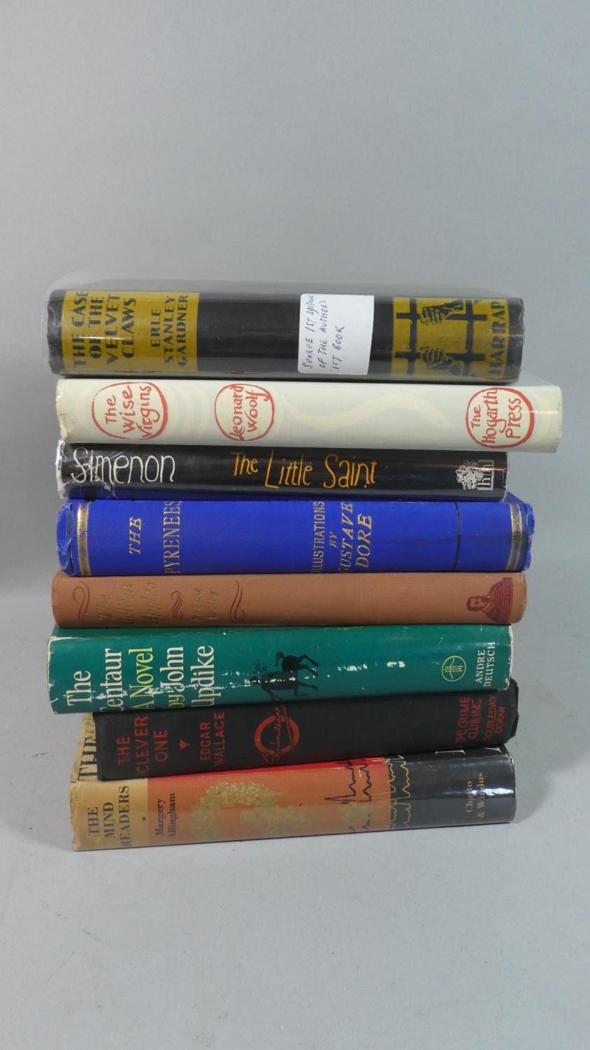 Lot 371 - A Collection of Books to Include a A 1933 Edition of The Case of the Velvet Claws by Erle Stanley