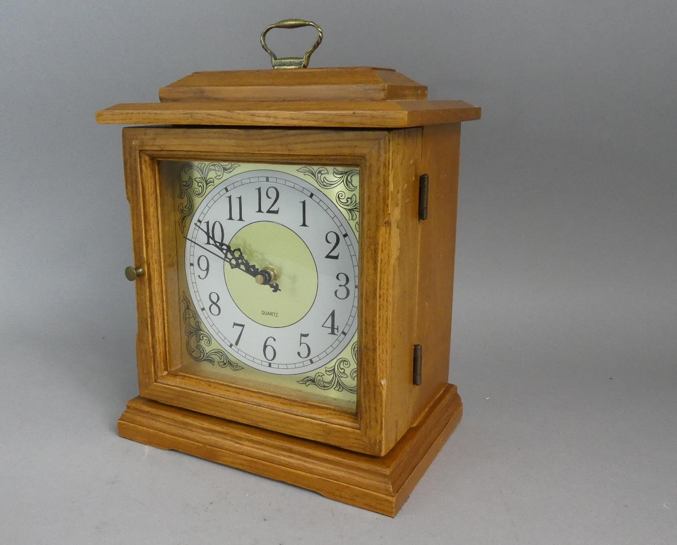 Lot 80 - A Modern Novelty Collectors Chest in the Form of a Mantel Clock with Battery Movement. 18cms Wide,