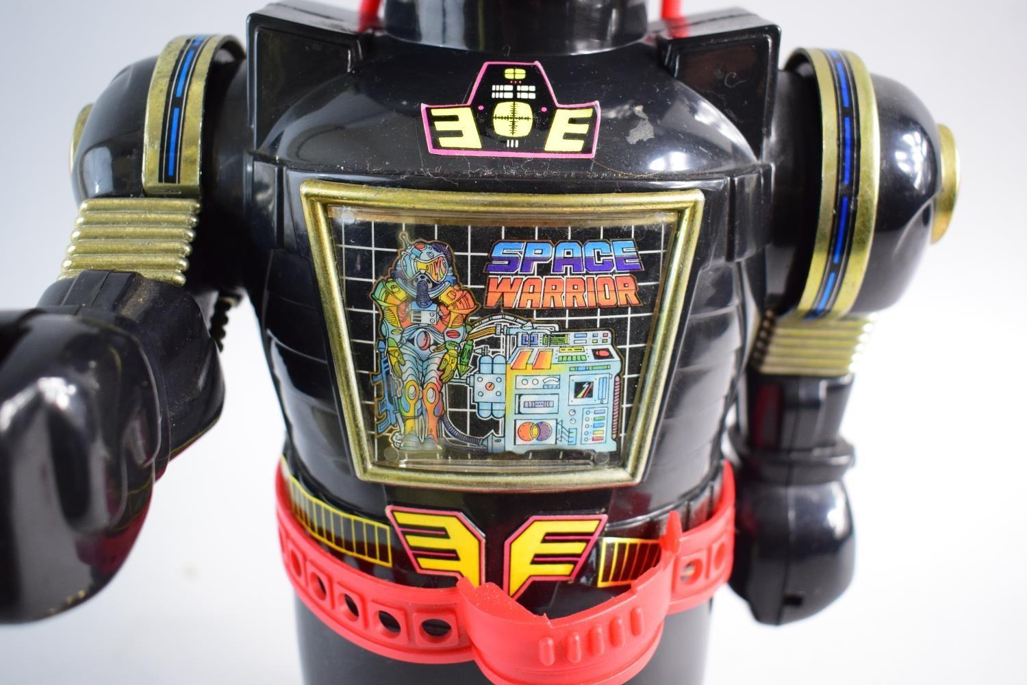 Lot 42 - A Vintage Style Battery Operated Robot Toy by Cheng Cheng Toys. 38cms High