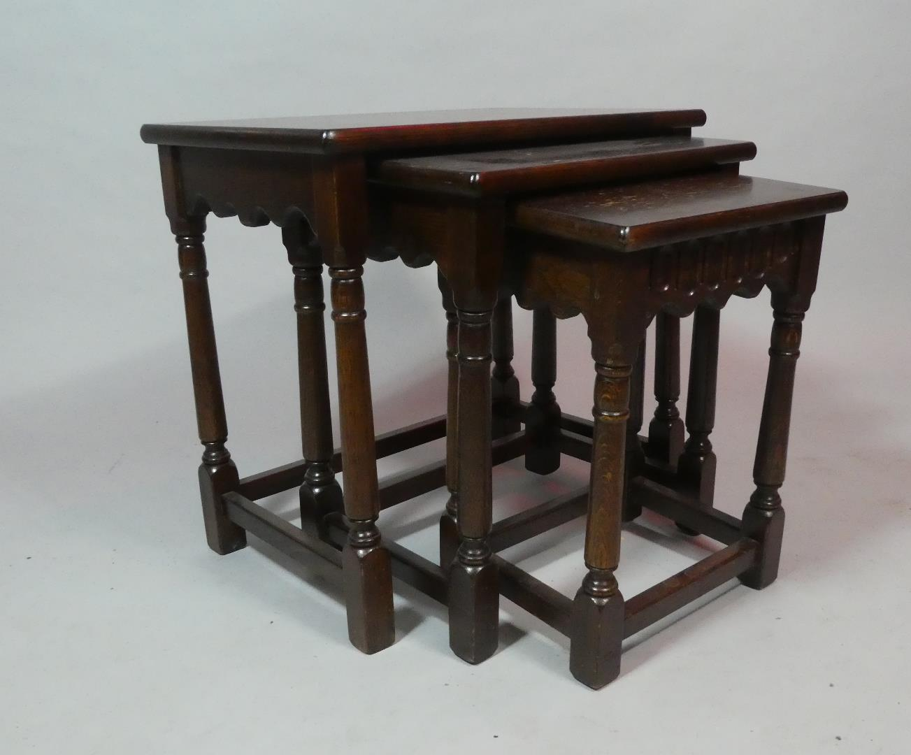 Lot 123 - A Small Late 20th Century Oak Nest of Tables