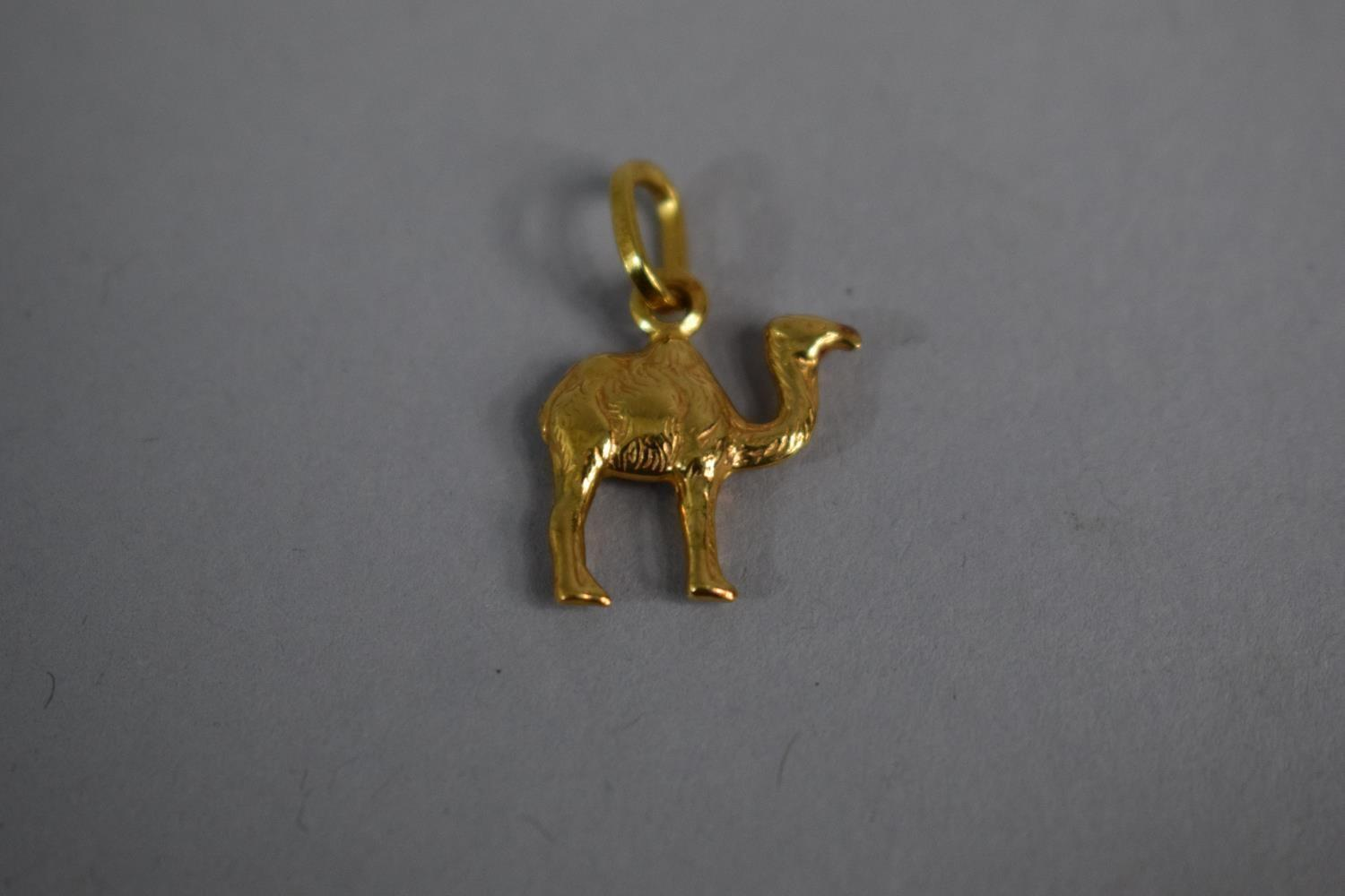 Lot 306 - An 18ct Gold Charm/Pendant Modelled as a Dromedary Camel. 1.7gms