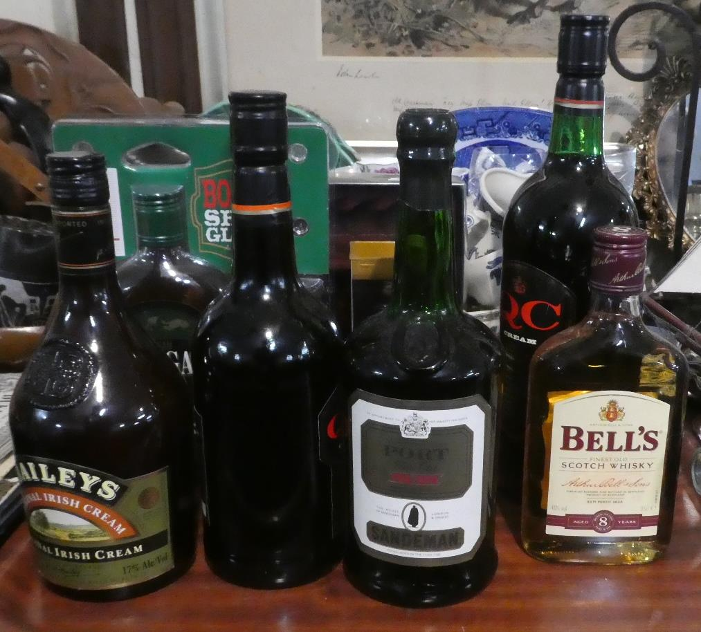 Lot 175 - A Collection of Sherries, Whiskies, Liqueurs and Ports