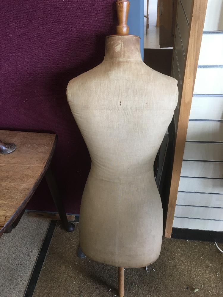 Lot 386 - VINTAGE DRESSMAKERS DUMMY WITHOUT STAND