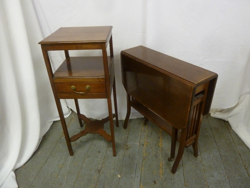 Lot 17 - A mahogany side stand with single drawer and a mahogany Sutherland table of customary form (2)