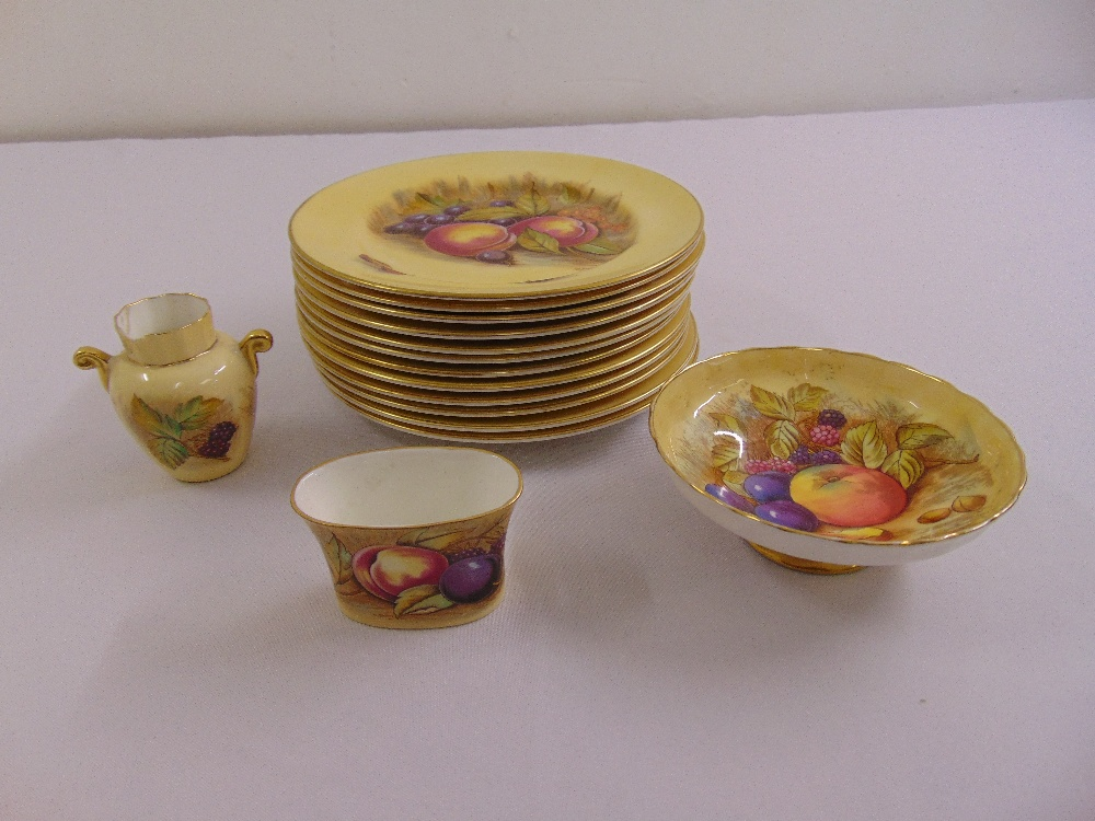 Lot 118 - A quantity of Aynsley porcelain to include twelve fruit plates, a bonbon dish, a vase and a