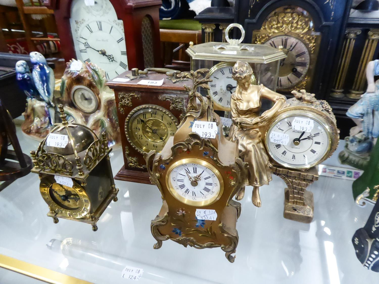 Lot 193 - MODERN GILT COMPOSITION CASED MANTEL CLOCK with 'Lincoln' quartz movement, also an EARLY 20th
