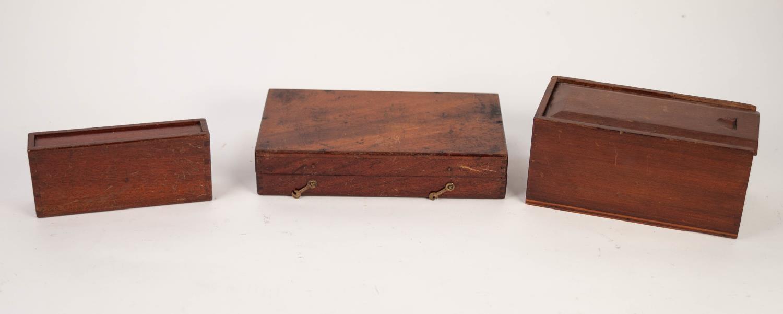Lot 814 - MAHOGANY BOX WITH SLIDING LID, containing hardwood building bricks, a narrow MAHOGANY SLIDING-TOP