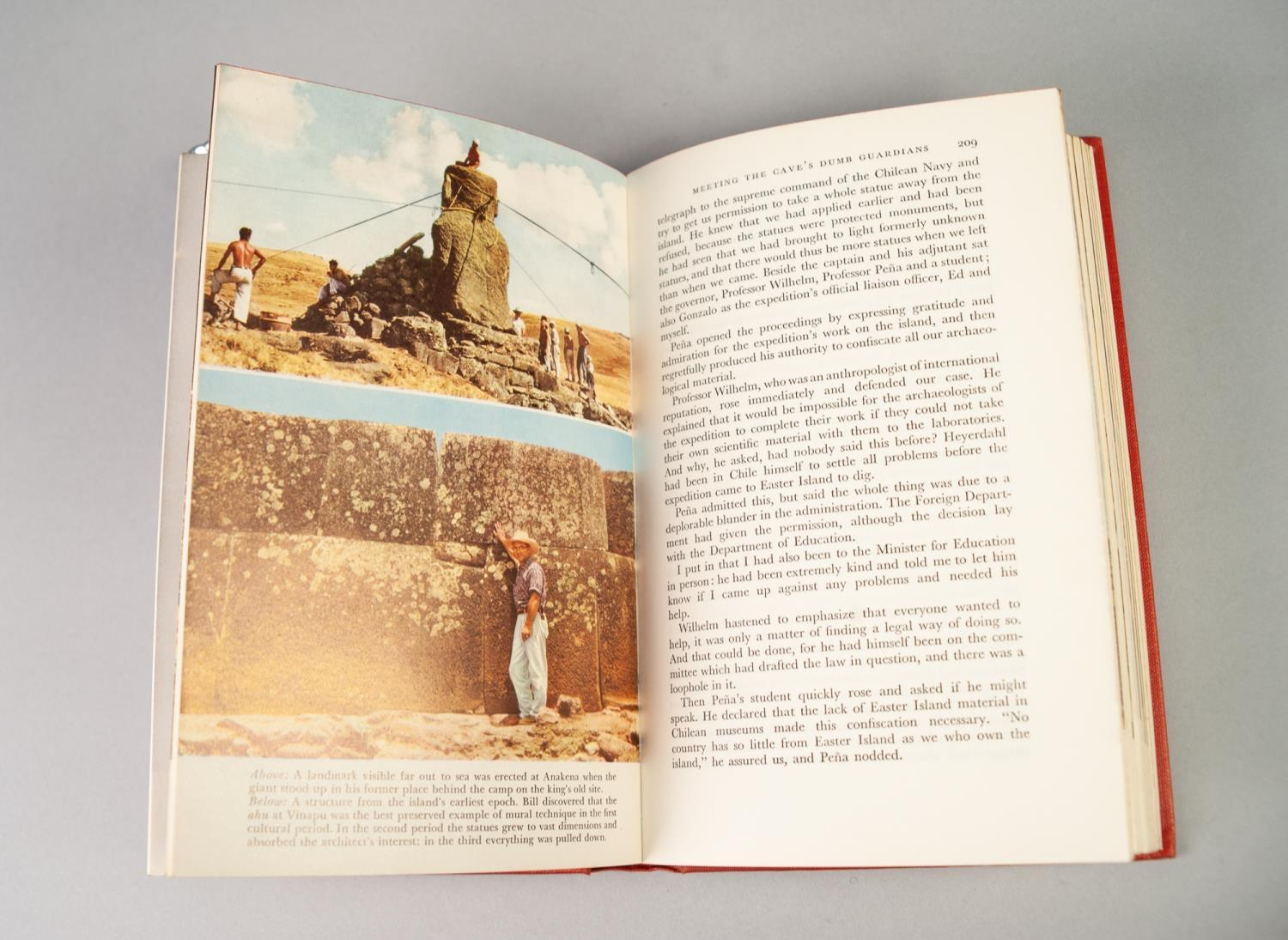 Lot 11 - THOR HEYERDAHL AKU-AKU, 1st EDITION, FIRST PUBLISHED APRIL 1958, PUBLISHED BY ALLEN AND UNWIN WITH