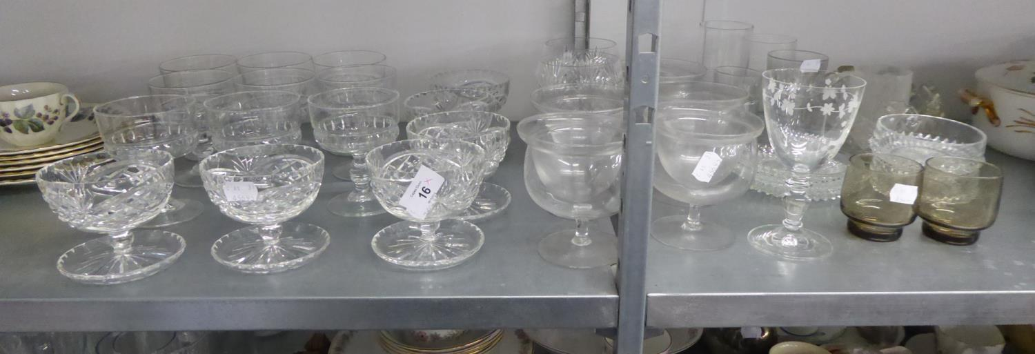 Lot 9 - QUANTITY OF GLASSWARES TO INCLUDE; SUNDAE DISHES, DRINKING GLASSES ETC....