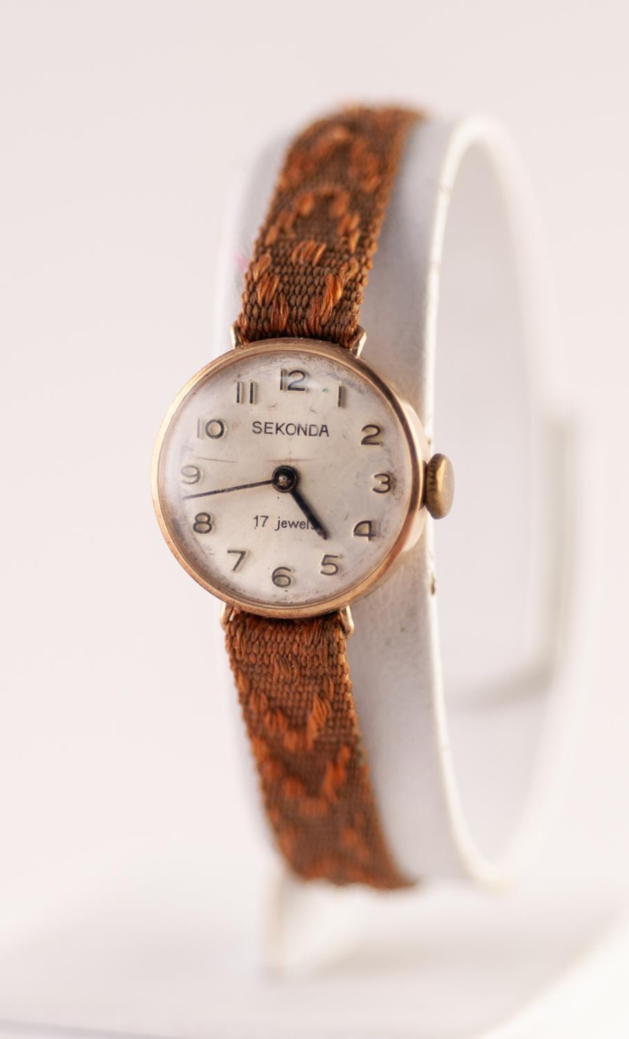 Lot 7 - A 1960s LADIES 9CT GOLD CASED SEKONDA WRISTWATCH 17 jewel movement numbered 1509611, silvered