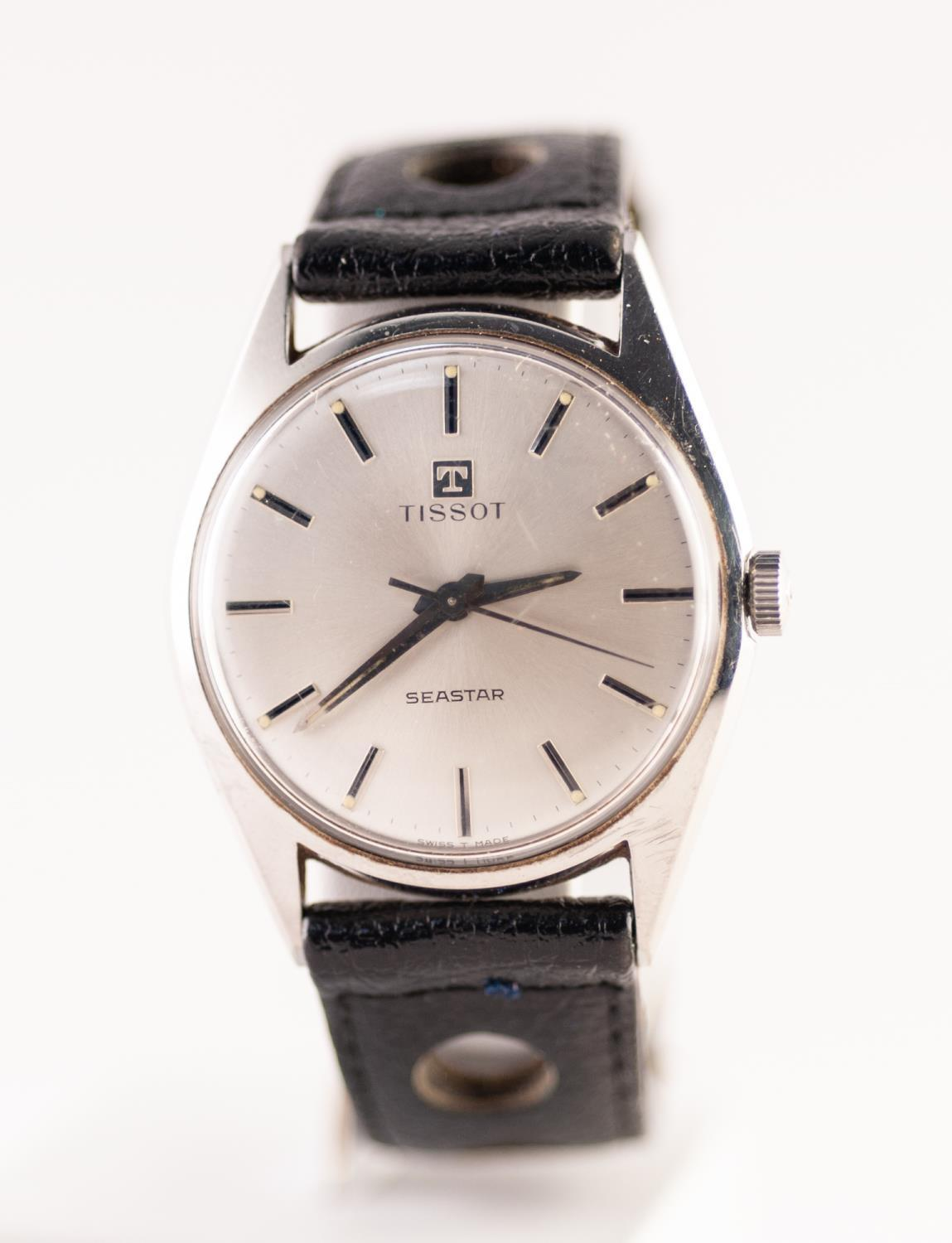 Lot 10 - A GENTS TISSOT SEASTAR STAINLESS STEEL AUTOMATIC WRISTWATCH The circular silvered dial with baton