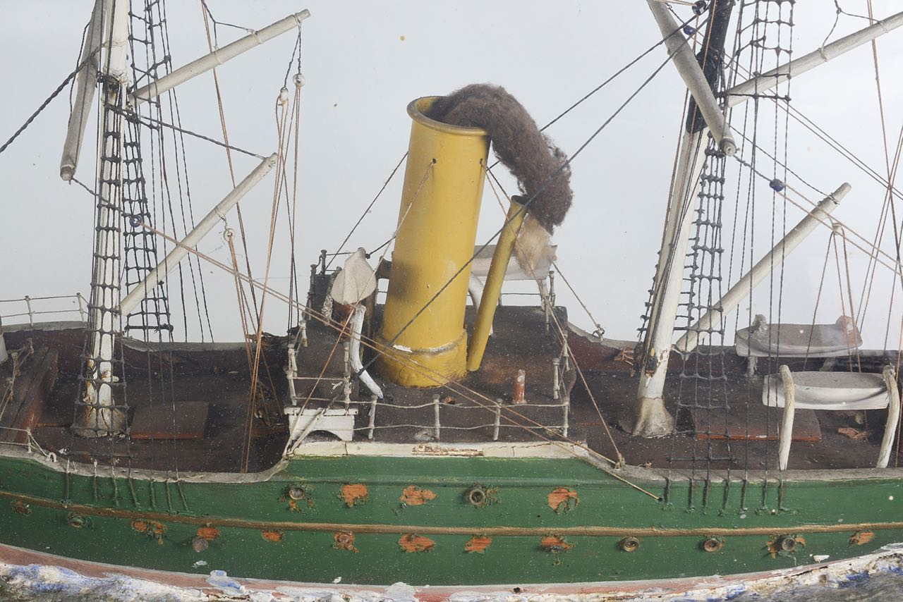 Lot 30 - A late 19th century ship model of the steamer 'Aberdeen'