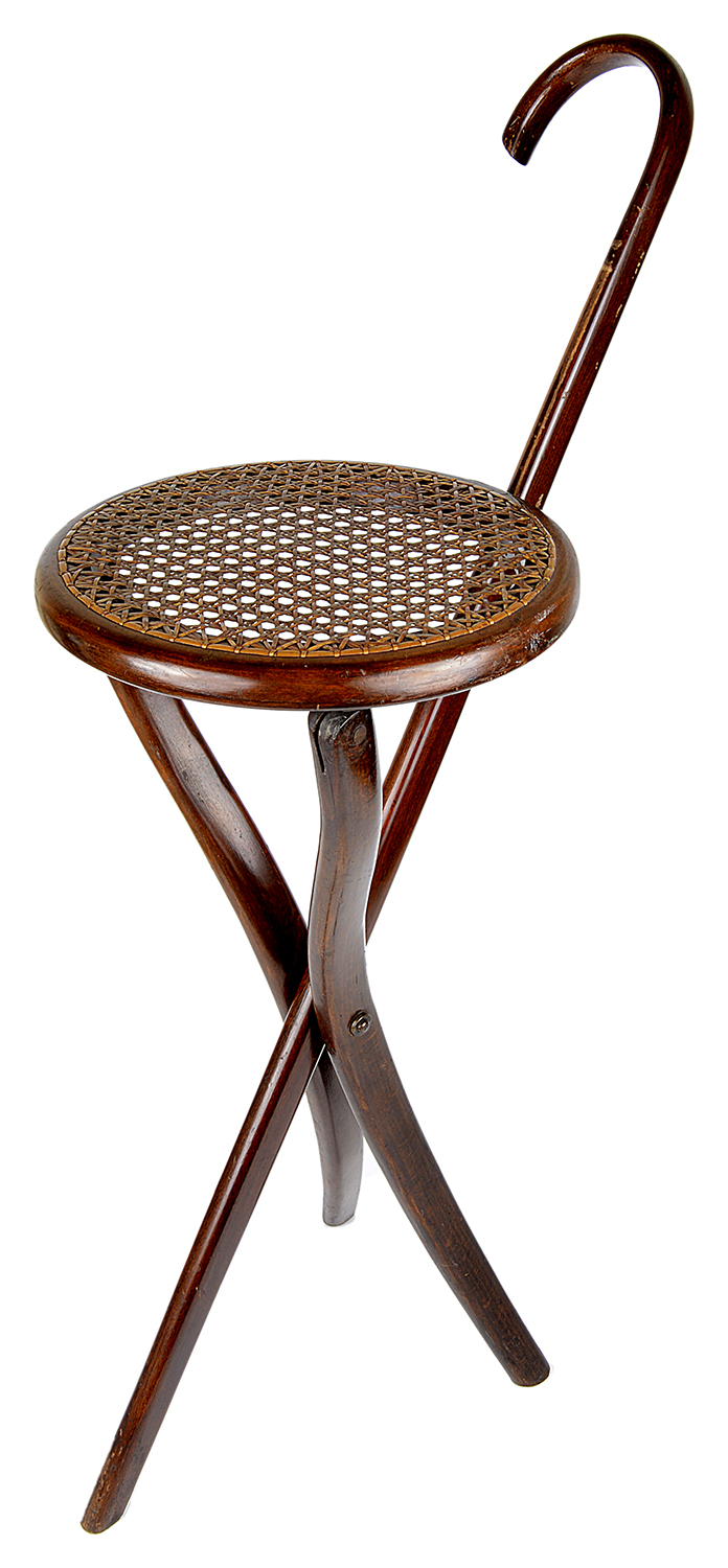 Lot 29 - A bentwood walking/shooting cane seat, 20th century