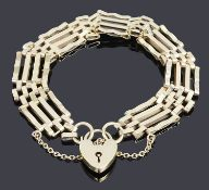 A 9ct gold four bar gate bracelet