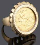 An Edward VII gold half sovereign 1906 mounted in a 9ct gold ring