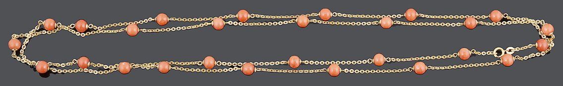 An attractive Continental gold and coral bead neck chain