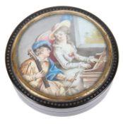 An early 19th century Fr. tortoiseshell circular snuff box