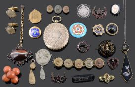 A collection of mainly Victorian jewellery