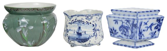 An Aesthetic period lozenge shaped blue and white planter and three others (4)