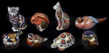 Eight Royal Crown Derby animal paperweights (8)