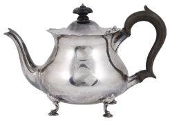 A George V silver tea pot