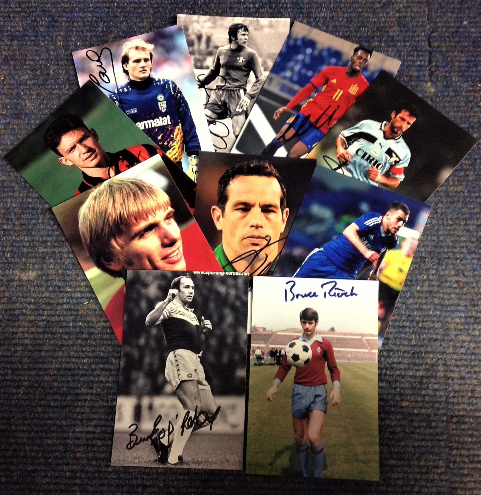 Lot 19 - Football collection ten 6x4 signed photos from players from around the world past and present