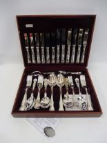 Lot 27 - A cased set of E.P.N.S. Kings pattern cutlery made by Cooper Ludlam.
