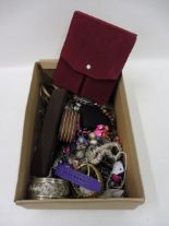 Lot 61 - A box of assorted costume jewellery.