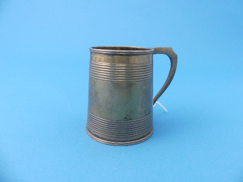 Lot 4 - A George III silver Mug, hallmarked London, 1810, of circular form with two bands of reeded