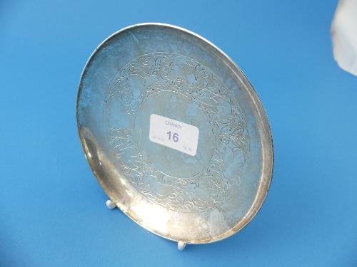 Lot 16 - A George VI circular silver pedestal Dish, by Mappin & Webb, hallmarked Sheffield, 1937, engraved
