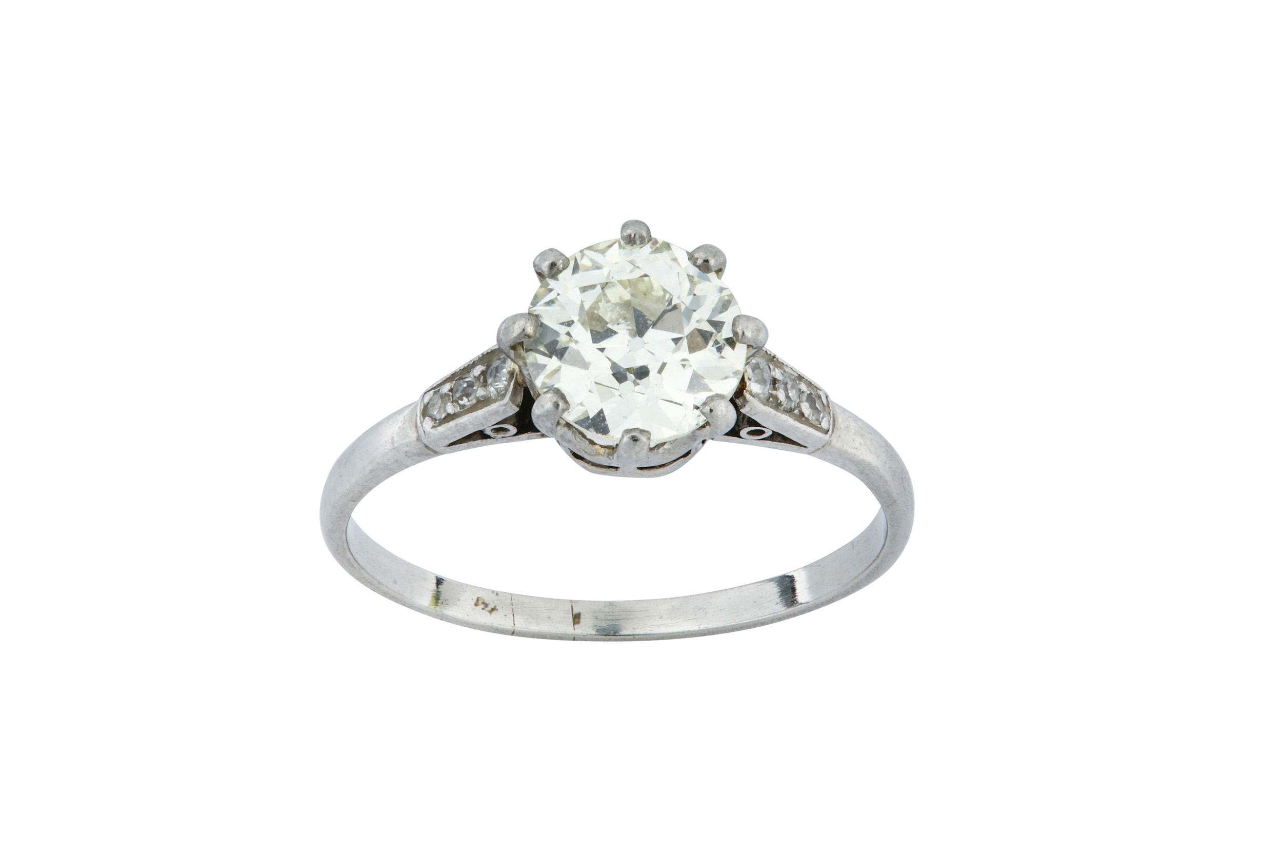 Lot 48 - A diamond single-stone ring