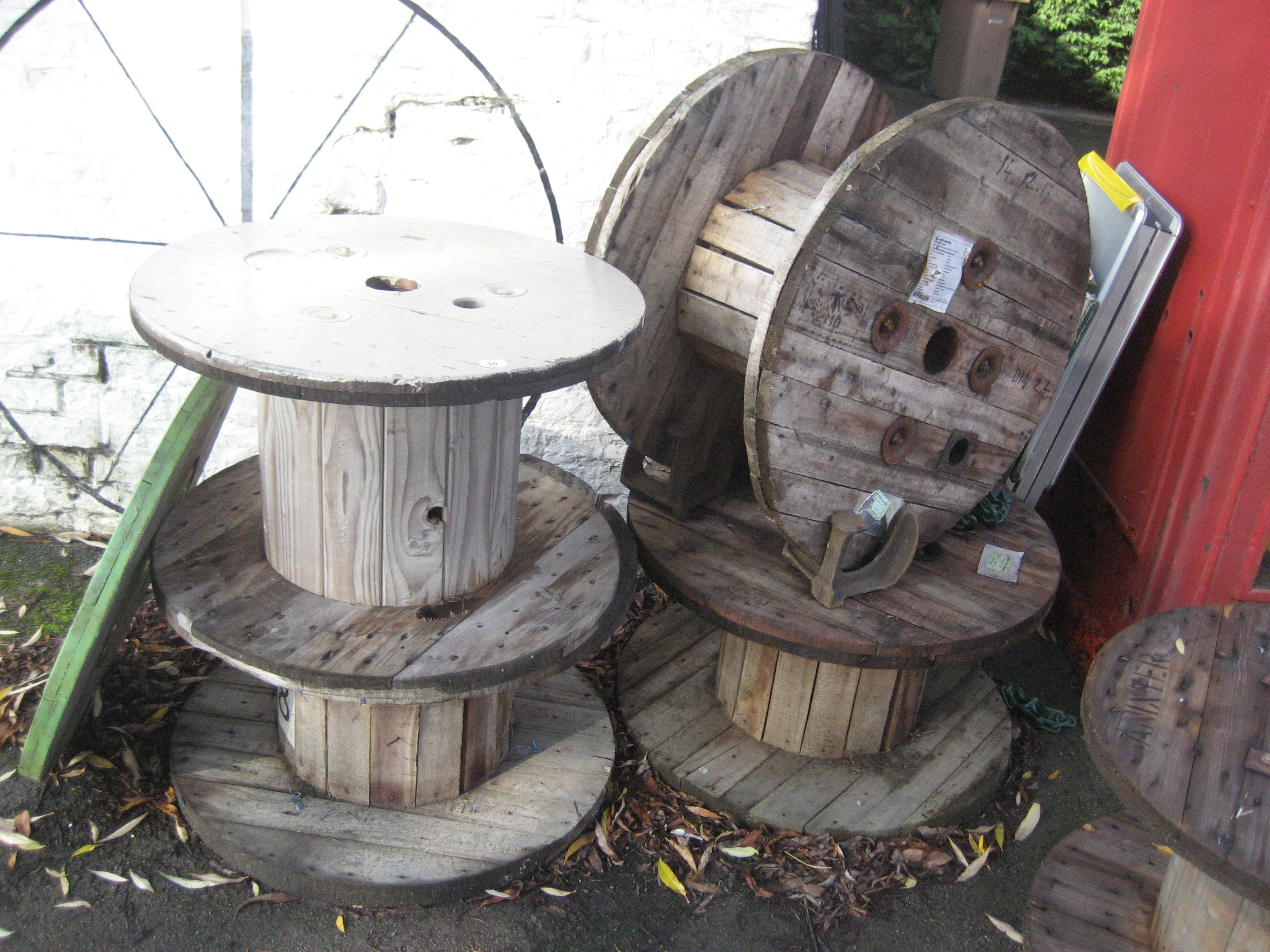 Lot 30 - 4 CABLE REELS