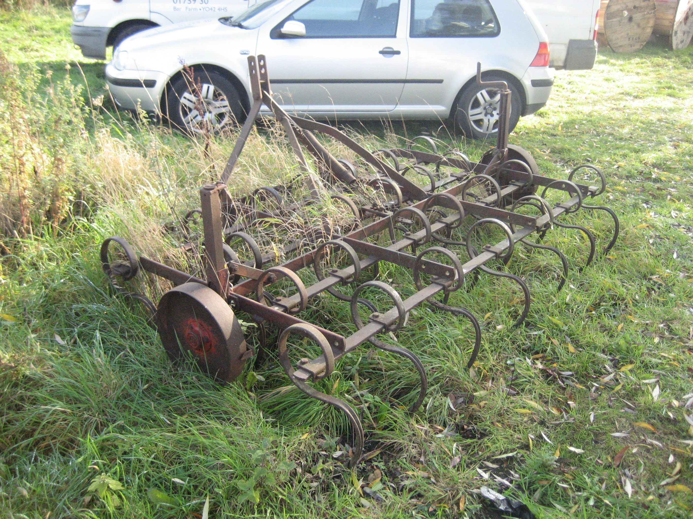 Lot 13 - PIGTAIL CULTIVATOR